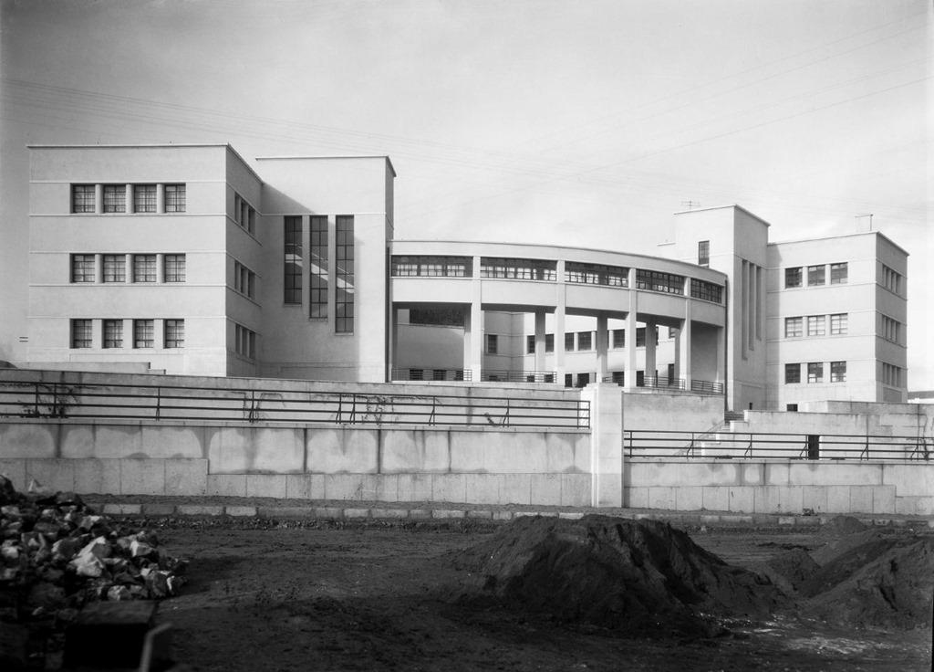 Vista posterior do edifício
